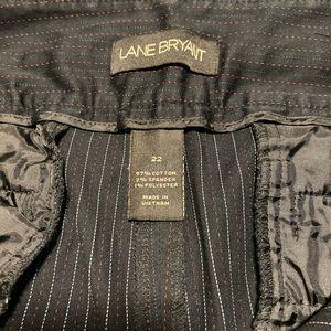 Lamy Bryant Black Capri pants size 22